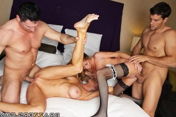Sexy 4-way orgy