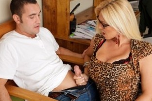 Charlee Chase & Daniel Hunter in My First Sex Teacher - Naughty America