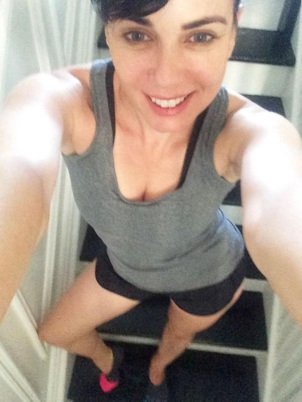 Mia K[rishner] Stairs Selfie
