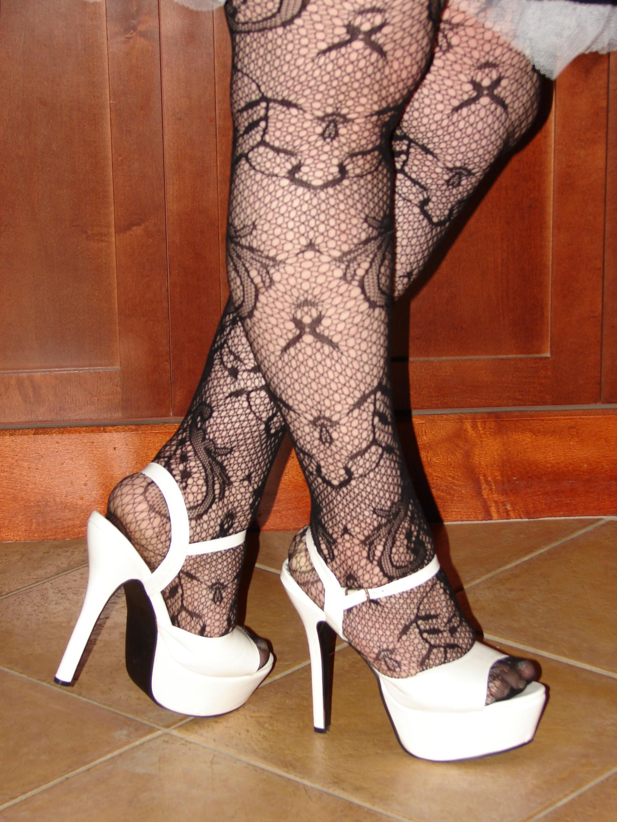 Habilisa gotta love fishnets and heels