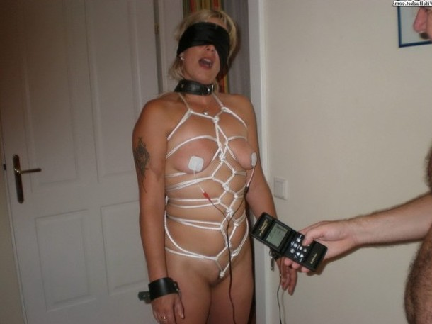 I love this model of the remote control wife. :-)