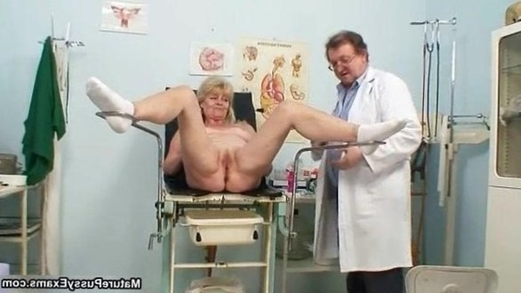 Horny doctor abusing a grandma her wet pussy by MaturePussyExams 15