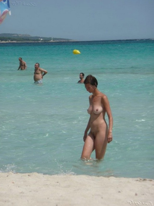 Cunts on Beach - Pictures Of Nudists Having Sex On The Beach